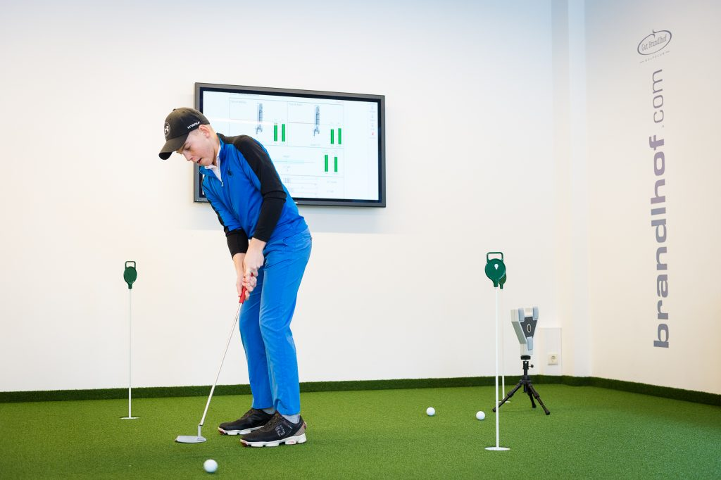 Indoor-Putting Green