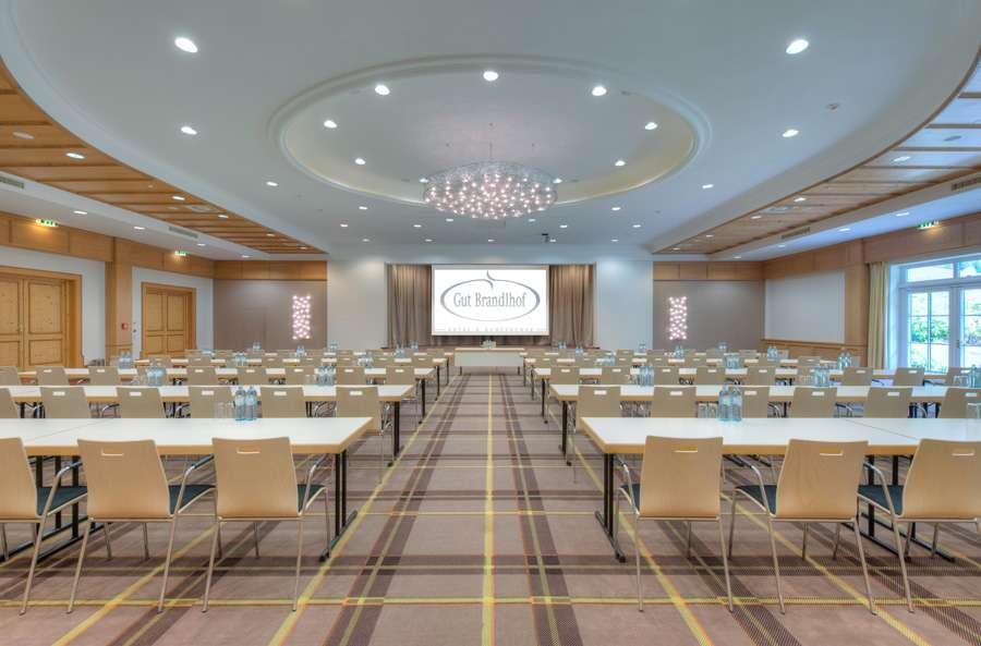 Seminarräume für bis zu 700 Gäste